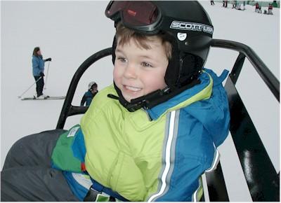 ski_chase_lift.jpg